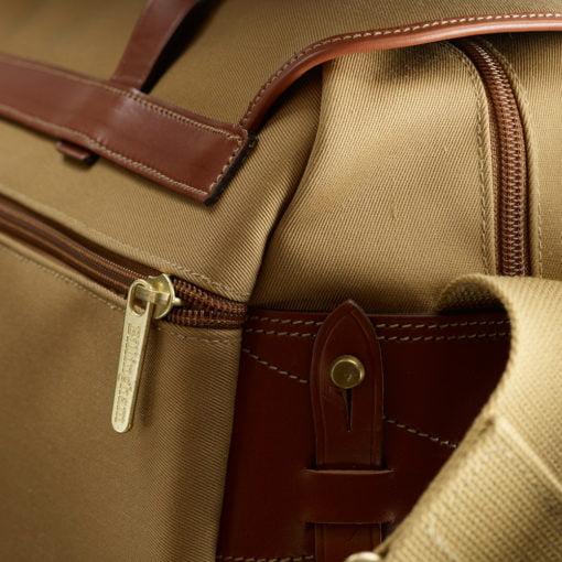 550-Rear-Pocket
